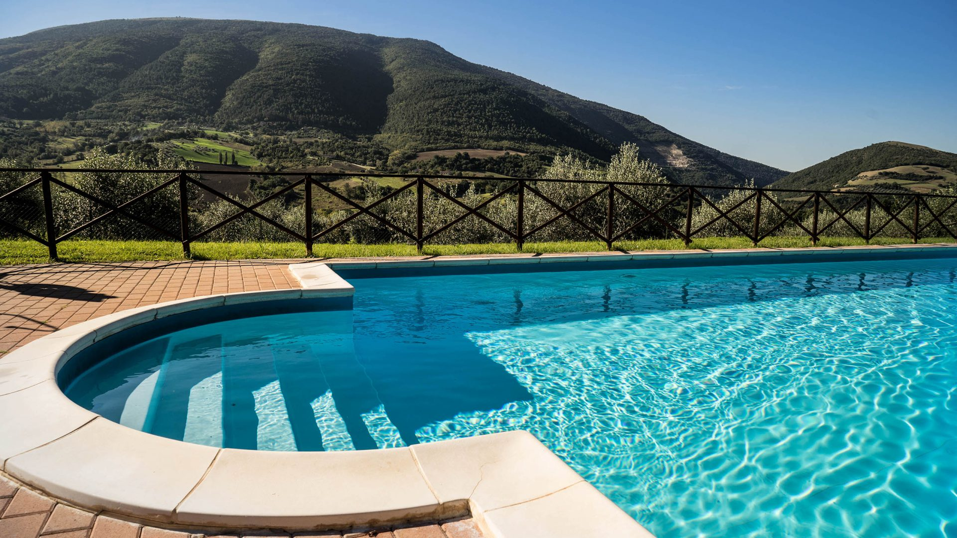 Rent the villa - Villamena Resort Assisi